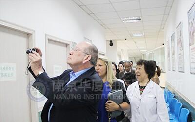 中·美·加白癜风医学专家莅临我院进行学术交流2.jpg